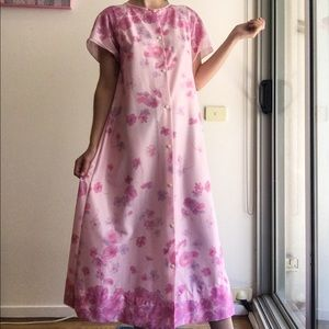 Vintage pink floral nightgown size 6-12